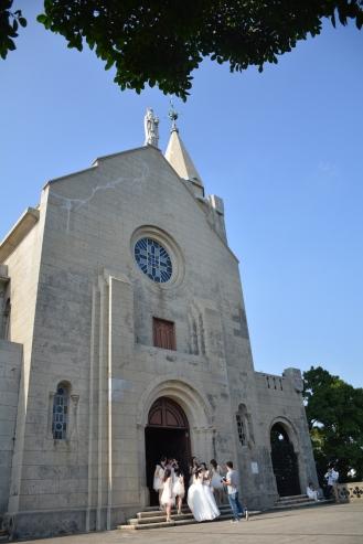 Macao, plus haute église de la ville un jour de mariage.